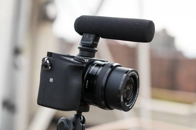 comment choisir une cam ra pour vlog faites des vid os youtube comme un pro best comparatif. Black Bedroom Furniture Sets. Home Design Ideas